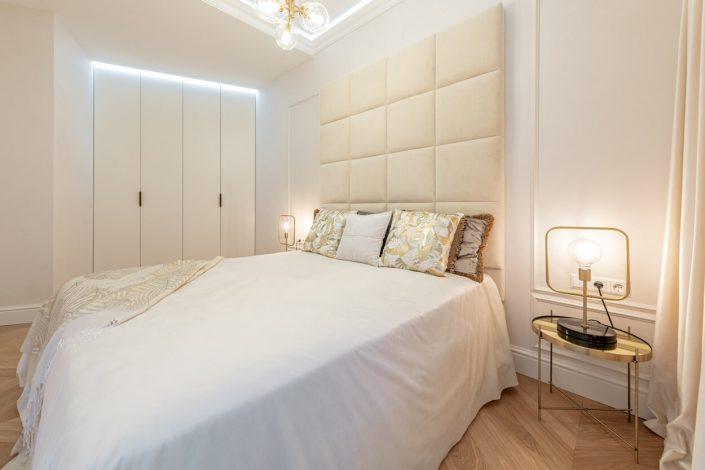 miegamasis_apsvietimas_moderniklasika_noi